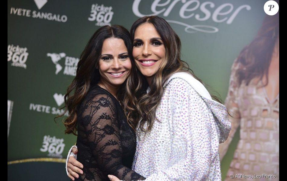 Viviane Araújo marcou presença no show de Ivete Sangalo em São Paulo na sexta-feira, 29 de setembro de 2017