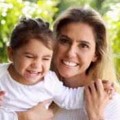 Deborah Secco mostra a filha, Maria Flor, imitando bichos e encanta a web. Vídeo