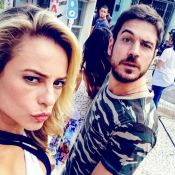Paolla Oliveira se diverte com Marco Pigossi em bastidor de novela: 'Marrento'