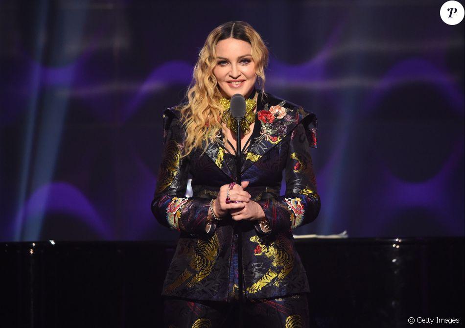 Os internautas pediram uma parceria de Madonna com MC
