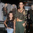 'Minha filha Maria é super fã da Fifth Harmony e me pediu pra levá-la', contou Vera Viel ao Purepeople