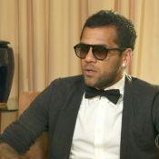 Daniel Alves fala sobre campanha após ato racista de torcedor: 'Tem que educar'