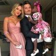 Giovanna Ewbank e marido, Bruno Gagliasso, foram um dos padrinhos de casamento de Marina Ruy Barbosa neste sábado, 7 de outubro de 2017