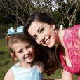 Bia Arantes avalia seu relacionamento com Lorena Queiroz, atriz de 6 anos com quem atua na novela 'Carinha de Anjo'