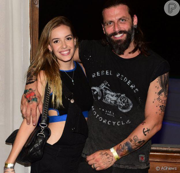 Henri Castelli assumiu o noivado com Maria Fernanda Saad no 'Mais Você' desta quinta-feira, 12 de outubro de 2017