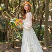 Marina Ruy Barbosa exibe look usado em cerimônia religiosa: 'Maravilhoso'. Fotos