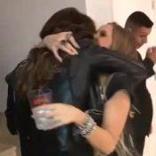 Carla Diaz remove aplique em encontro com Juliana Paes: 'Vou apanhar'. Vídeo!