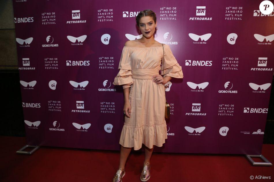 Isabella Santoni mudou os cabelos para sua próxima personagem no cinema