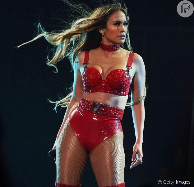Jennifer Lopez é adepta de uma dieta com 1392 calorias!