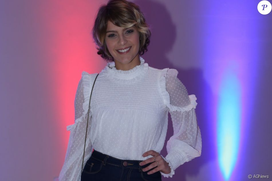 Isabella Santoni assumiu que se incomoda com rumores de namoro envolvendo seu nome
