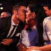 Cristiano Ronaldo dedica prêmio aos 4 filhos: 'Serei pai outra vez em 1 mês!'