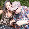 Anitta 'ataca' de DJ em festa de comemoração de dez anos do hotel Fasano
