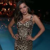 Anitta aposta em joias de R$ 200 mil com diamante e esmeralda para festa. Fotos!