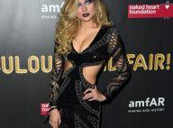 Poderosa! Sasha Meneghel usa vestido decotado em festa com Marquezine em NY
