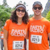 Débora Nascimento, grávida, participa de corrida com José Loreto: 'Movimentar!'