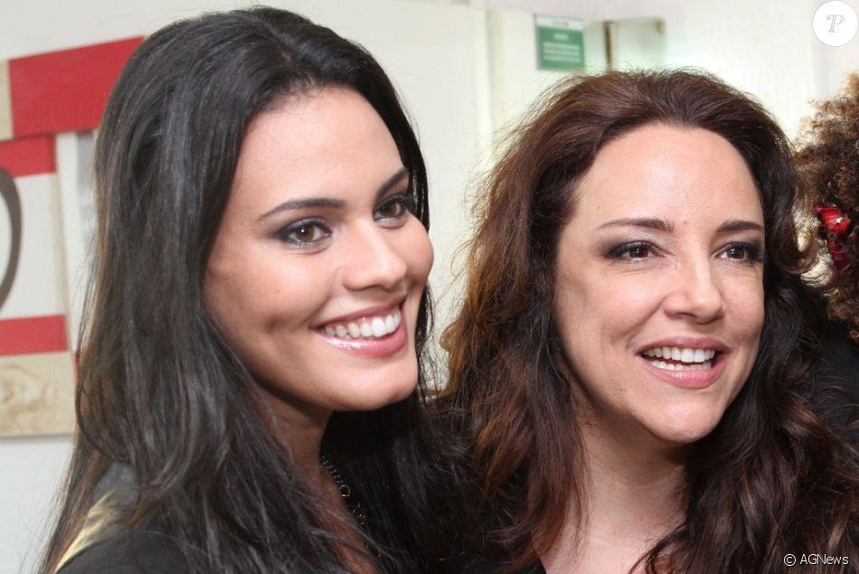 Leticia Lima disse que não se incomoda com comentários de haters sobre seu namoro com Ana Carolina