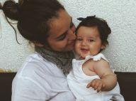 Yanna Lavigne troca chamego com a filha, Madalena, de 5 meses: 'Nossos pedaços'