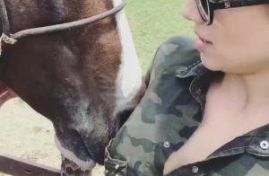 Paula Fernandes, após confirmar separação, curte sua fazenda: 'Meu manga larga'