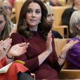 Katte Middleton investiu em um vestido estilo túnica da marca britânica Goat para ir ao Fórum dos Líderes Escolares Palace2Be como parte de seu trabalho na área da saúde mental e do bem-estar das crianças