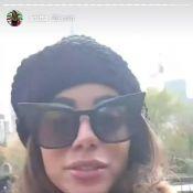 Em NY, Anitta reclama de frio e lamenta não ver neve: 'Com dinheiro e sem tempo'