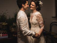Carolina Kasting explica casamento após 18 anos com marido: 'Maioridade do amor'