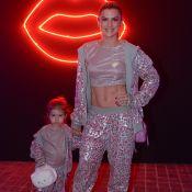 Iguais: Mirella Santos e a filha, Valentina, usam mesmo look em evento. Fotos!