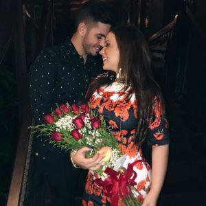 Cacau. Foto do site da Pure People que mostra ExBBB Cacau termina namoro com prefeito de Sítio Novo: 'Somos amigos'