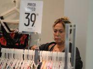 Susana Vieira compra roupas em liquidação e posa para fotos com fãs no Rio