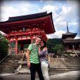 Michel Teló e Thais Fersoza viajaram para o Japão em setembro de 2013; casal curtiu momentos juntos em  Kyoto, onde visitaram um templo budista