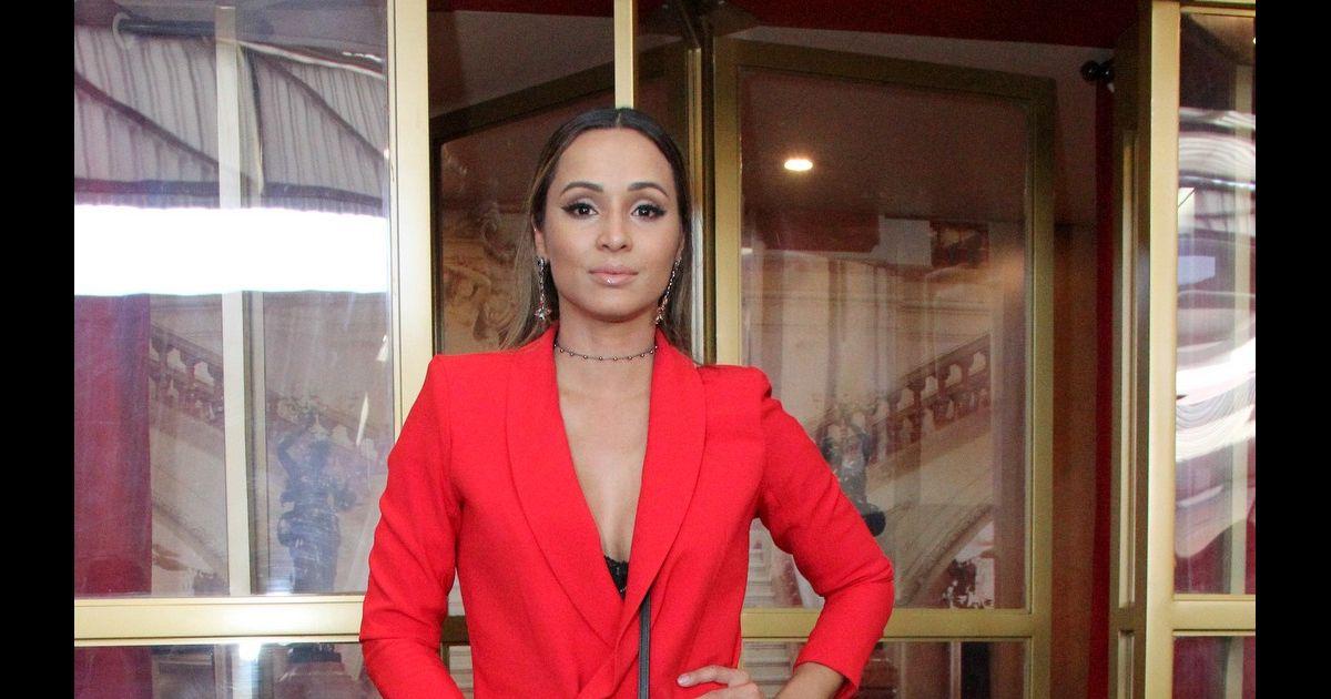 0d30296e4 Thaíssa Carvalho apostou em um look grifado, com vestido Corporeum e clutch  Louis Vuitton - Purepeople