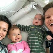 Thais Fersoza se diverte com Michel Teló e filhos: 'Bagunça na cama da Melinda'