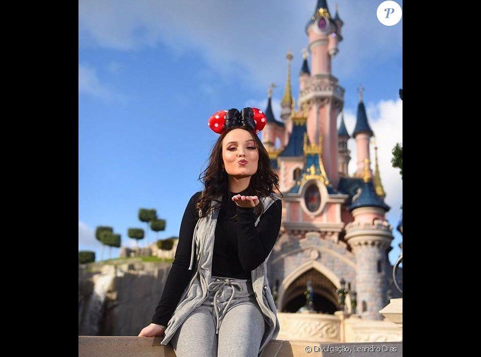 Larissa Manoela comemora 12 milhões de seguidores no Instagram, em 18 de  novembro de 2017 f6cc5467f3