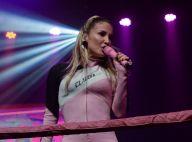 Claudia Leitte quase perde aliança em show com Anitta: 'Peguei de volta'. Vídeo!