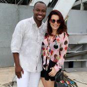 Fernanda Souza exibe novo corte dos fios ruivos em evento com Thiaguinho. Fotos!