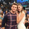 Camila Queiroz, noiva de Klebber Toledo, só planeja morar com o ator após o casamento