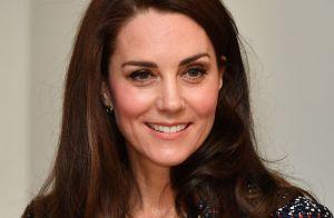 Kate Middleton está entusiasmada com noivado de Príncipe Harry: 'Momento lindo'