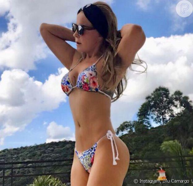 Zilu ostenta boa forma em foto de biquíni e ganha elogios de fãs: 'Corpo de menina'