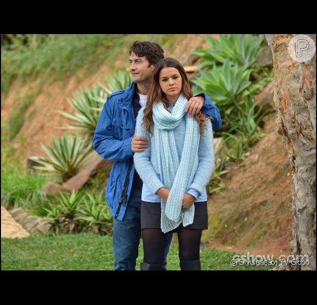 Luiza (Bruna Marquezine) e Laerte (Gabriel Braga Nunes) fazem sua primeira viagem romântica no capítulo de 'Em Família' que vai ao ar nesta terça-feira, 20 de maio de 2014
