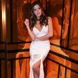 A saia rendada usada por Giovanna Lancellotti no evento conta com quatro fendas e custa  R$ 798