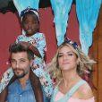 Títi, filha de Bruno Gagliasso e Giovanna Ewbank, estaria no reality 'Casa dos Sonhos', de acordo com a colunista Patricia Kogut, do jornal 'O Globo'