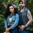 Mariano (Juliano Cazarré) ficará encantado pela beleza de Cleo (Giovana Cordeiro) e os dois engatam namoro na novela 'O Outro Lado do Paraíso'