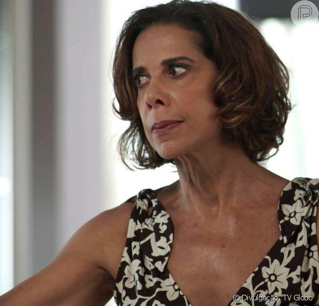 Na novela 'Pega Pega', Lígia (Ângela Vieira) assumirá que matou Mirella (Marina Rigueira) por acidente no capítulo que vai ao ar na terça-feira, 26 de dezembro de 2017