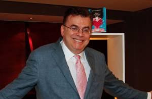 Walcyr Carrasco nega romance entre mulheres em sua próxima novela: 'Invenção'
