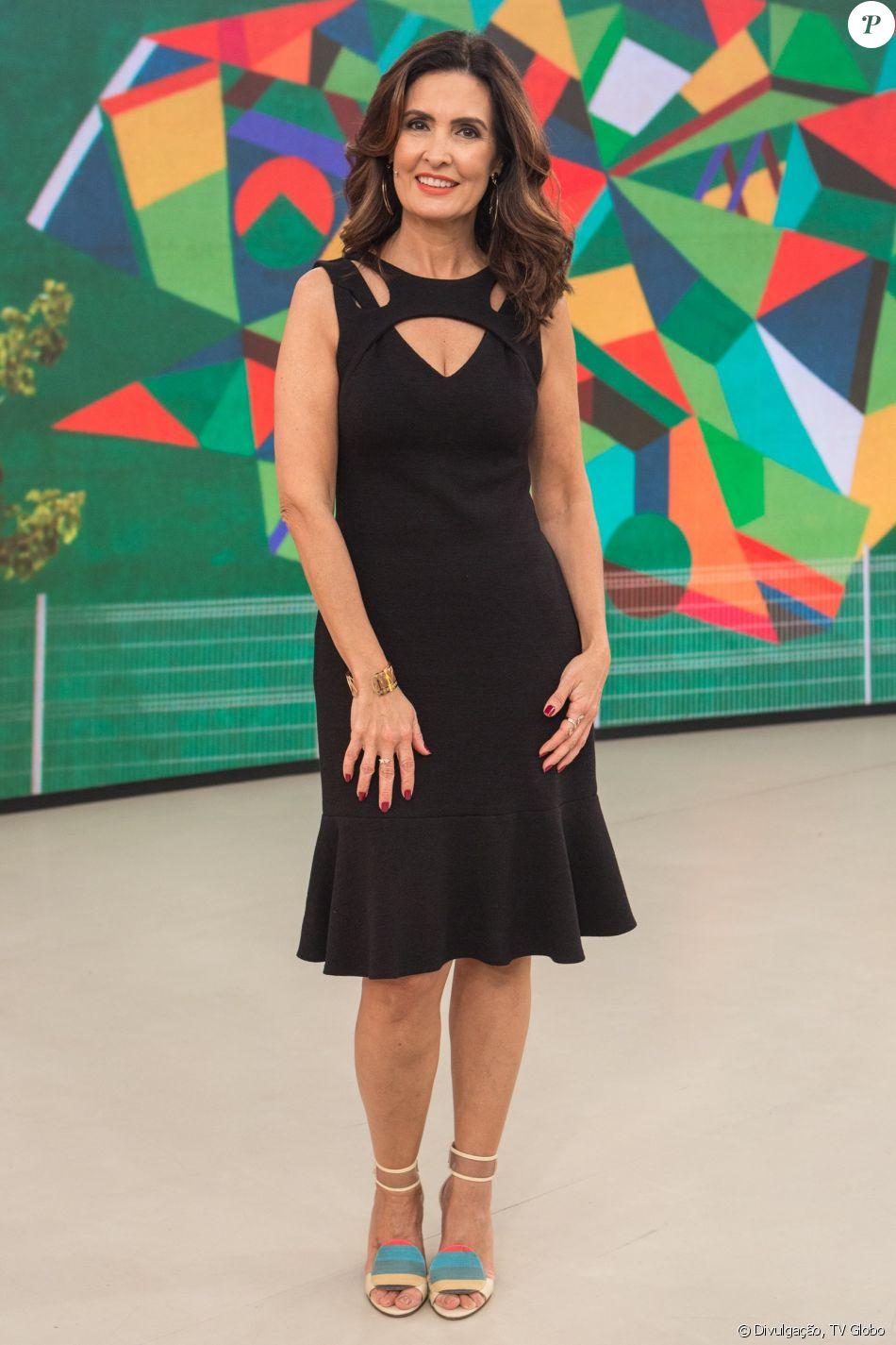 Fátima Bernardes parabenizou Luiza Tenente, sobrinha de William Bonner, por sua estreia no 'Encontro' nesta quarta-feira, 13 de dezembro de 2017