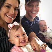Michel Teló e Thais Fersoza chegam com filhos para passar Natal no RJ: 'Família'