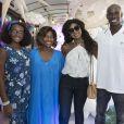 Cris Viana marcou presença na festa das filhas de Gloria Maria