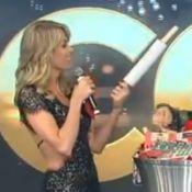 Ana Hickmann ganha kit para bolo em amigo-oculto e web zoa: 'Que azar!'