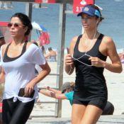 Grazi Massafera corre com Anna Lima e personal na orla de praia do RJ. Fotos!