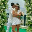 Mayra Cardi e Arthur Aguiar se casaram no civil nesta sexta-feira, 22 de dezembro de 2017