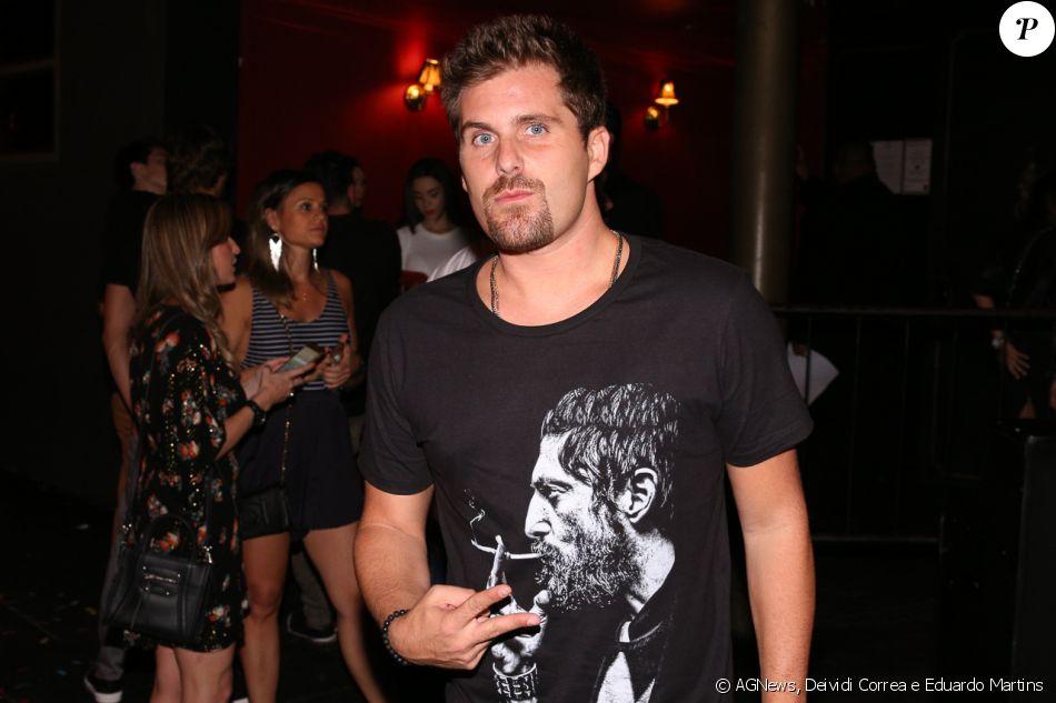 cdd9afa450508 Thiago Gagliasso marcou presença no aniversário do surfista Gabriel Medina,  comemorado no Royal Club,